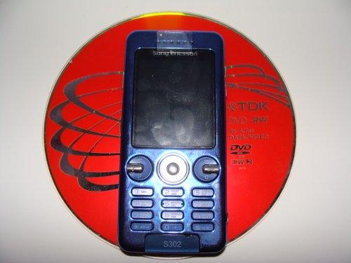 <p align='center'><a mce_thref='http://www.mforum.ru/cmsbin/2008/51/FOTKI/I25_full1200x900.jpg' target='_blank' title='Sony Ericsson S302 SnapShot – маленький камерофончик'><img mce_tsrc='http://www.mforum.ru/cmsbin/2008/51/FOTKI/I25_full1200x900_thumb500x375.jpg' alt='Sony Ericsson S302 SnapShot – маленький камерофончик' /></a></p>