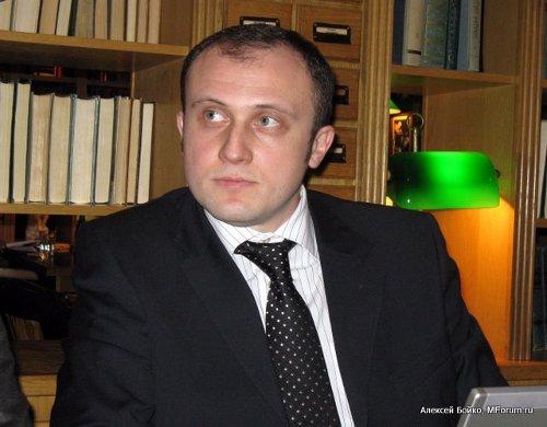 Артур Темиров