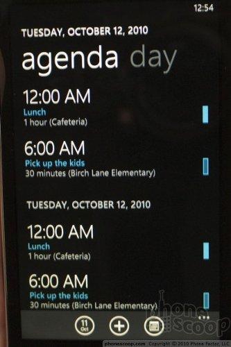 В Windows Phone 7 компания Microsoft представила новый пользовательский...