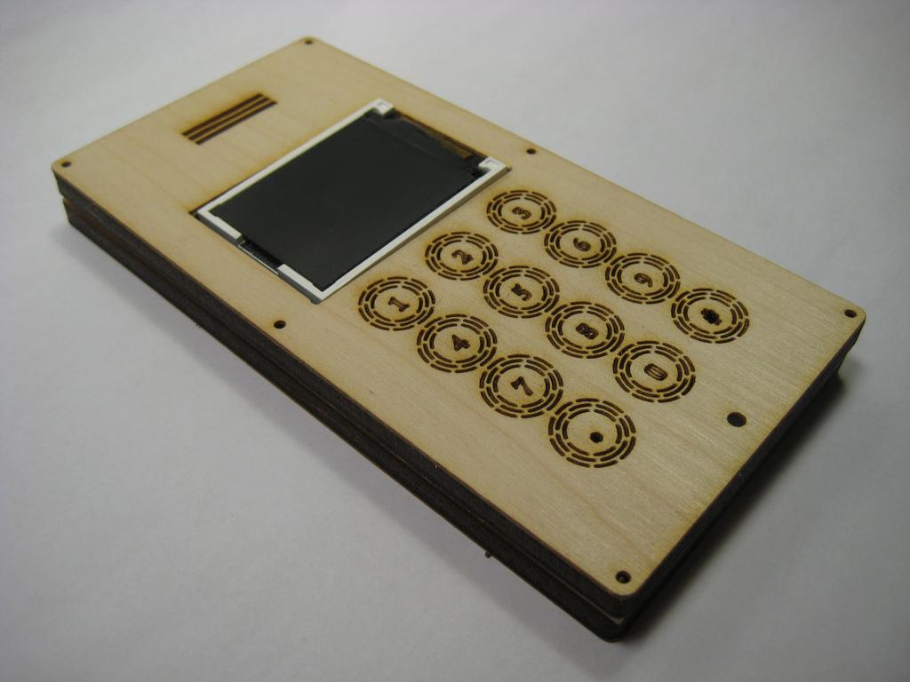 Как сделать игрушечный телефон своими руками сенсорный 94