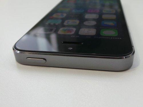 Первый взгляд на iPhone 5S
