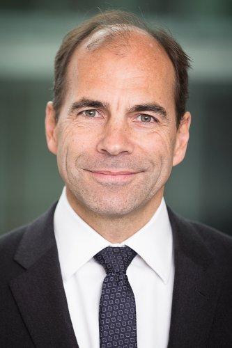 Chris Champion, вице-президент по продажам в регионе EMEA, Infinera