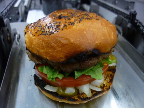 Бургер, сделанный роботом Momentum Machines
