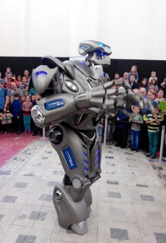 Робот-костюм Titan