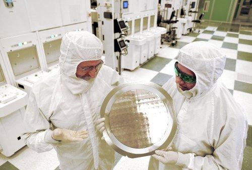 Компоненты: IBM разработала 7 нм чипы