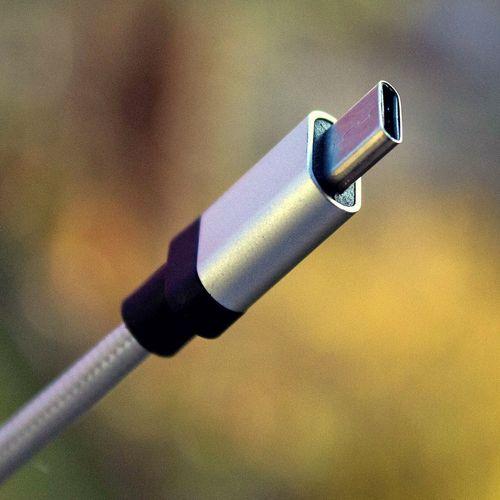 Компоненты USB 3.2 обеспечит скорость передачи данных до 20 Гбит