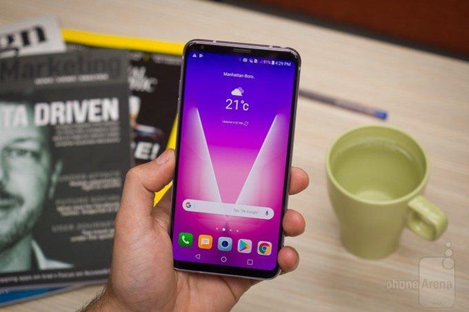 Слухи LG V35 ThinQ получит 6-дюймовый дисплей и сдавленную камеру