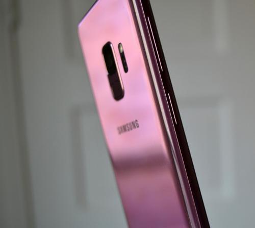 Слухи: Samsung Galaxy S10 получит тройную тыловую камеру и три модификации