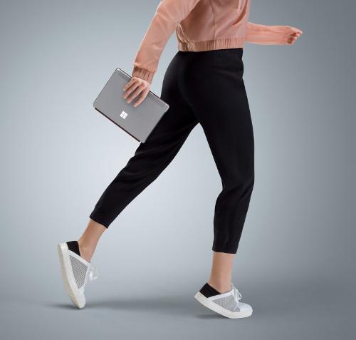 Анонсы: Microsoft Surface Go выйдет на прилавки с ценой от $399