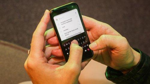 Это интересно: Palm вернулась с компаньоном для смартфона