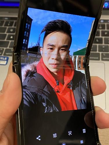 Это интересно: Экран Motorola RAZR на холоде расслаивается